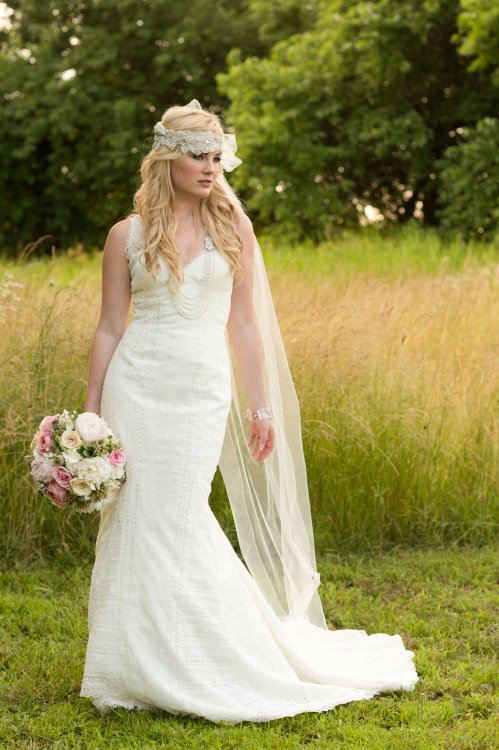 View More: http://rebeccawalkerphotography.pass.us/white-room-stylized-shoot